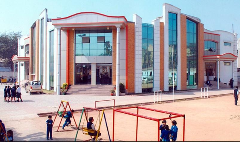 St. Lawrence P. Sr. Sec. School, A-K Facility Center, Delhi