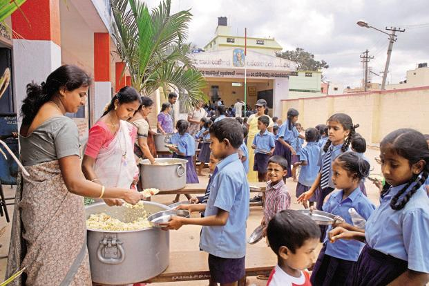 2.18 lakh cooks on strike, no midday meals in 70,000 schools!