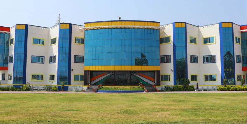 oak valley international school