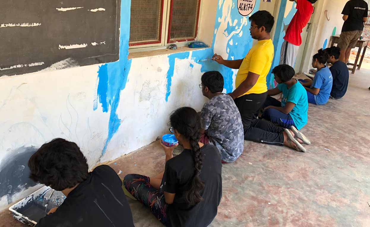 Greenwood High students brighten government schools through colourful murals1